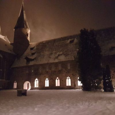 Kloster Möllenbeck vom Kreuzgang aus aufgenommen